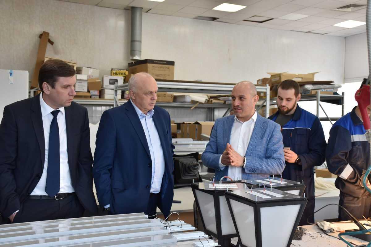Глава Владимира Андрей Шохин посетил производство РУСАЛОКС